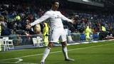 Ronaldo và pha ăn mừng bàn thắng kiểu siêu nhân gây sốt