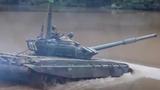 Xem xe tăng T-72 của Nga lội nước, vượt sông như tàu ngầm