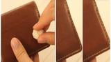 Tuyệt chiêu làm sạch vết bẩn trên ví da bằng bánh mỳ