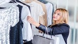 Tại sao bạn phải giặt quần áo mới trước khi mặc?