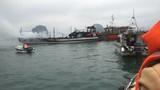 Tàu du lịch chở nhiều người bốc cháy ngùn ngụt trên vịnh Hạ Long