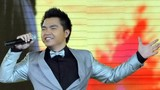 Ca sĩ Lê Minh MTV bị tai nạn gãy xương đùi