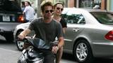 Angelina Jolie - Brad Pitt bí mật thăm Hà Nội, Hạ Long