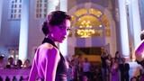 """Nhung Kate bị """"tai nạn"""" khi đóng phim Tết 2016 Siêu trộm"""