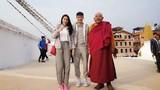 Vợ chồng Thủy Tiên - Công Vinh hành hương ở Nepal