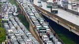 Ảnh: Đi tìm thủ phạm gây ùn tắc giao thông ở Hà Nội