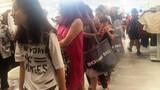 """Trong H&M có gì mà dân Sài Gòn """"phát điên""""?"""