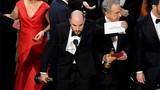 Oscar xướng nhầm tên người chiến thắng, La La Land ăn mừng hụt