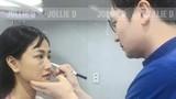 Ca sĩ Maya công khai đập mặt, nâng ngực ở Hàn Quốc
