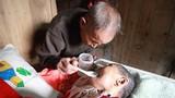 Tình yêu của cụ ông 85 tuổi này... người trẻ còn phải học dài dài