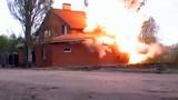 Đột kích, phá hủy nhà thờ Hồi giáo chứa bom