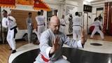 Môn đồ Vịnh Xuân Việt Nam thách đấu võ sĩ MMA Trung Quốc