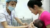 Nóng lòng chờ kết luận vắc xin khiến trẻ tử vong