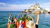 Báo nước ngoài nói gì về tour du lịch yêu nước ra Trường Sa?