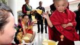 Kỳ bí nghi thức Lễ tấn phong Phật sống truyền thế ở Tây Tạng