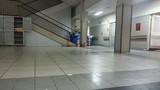 Bệnh nhân nhảy lầu tự tử tại Bệnh viện Bạch Mai