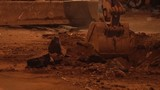Video đào lấp khiến đường phố như đường làng ở TP HCM