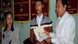 Đủ 18 tuổi, Hào Anh chính thức được nhận tiền ủng hộ