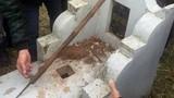 Tóm gọn kẻ đóng đinh chôn cọc xuống mộ ở Hà Nội