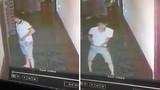 Thanh niên vào nhà nghỉ trộm... loa mini, giấu vào vùng kín