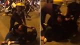 Gái trẻ chia phe đánh nhau kinh hoàng trên phố Bà Triệu