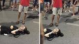 Bạn bè minh oan cho cô gái bị ngã ở phố đi bộ