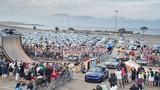 Hàng trăm xe Mini Cooper đại náo đường phố Mỹ