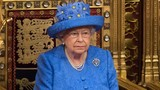 """Nữ hoàng Elizabeth II vừa được chính phủ Anh """"tăng lương"""""""
