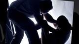 3 ông bố bị bắt vì cưỡng hiếp tập thể cô giáo của con