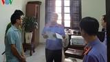 Bắt khẩn cấp một kiểm soát viên ở Khánh Hòa vì nhận hối lộ