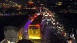 Dân ùn ùn trở lại HN, cao tốc Pháp Vân - Cầu Giẽ ùn ứ 10km