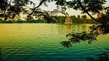 Nguồn gốc màu xanh hiếm có của Hồ Gươm