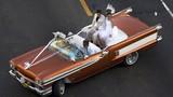 Ngắm dàn siêu xe cổ tại Cuba thời mở cửa