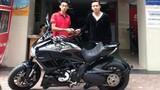 """Điểm mặt 5 """"tay chơi"""" siêu mô tô trong làng sao Việt"""
