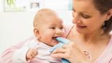 Vệ sinh lợi cho bé theo cách này, bé sẽ không sâu răng