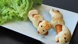 Cách làm bánh rắn cuốn xúc xích siêu lạ tuyệt ngon