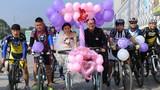 Màn rước dâu bằng xe đạp gây sốt mạng