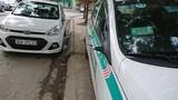 Hàng loạt ô tô ở Hà Nội bị mất gương sau một đêm