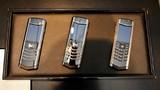 Bất chấp vỡ nợ, điện thoại Vertu vẫn hút giới nhà giàu Việt