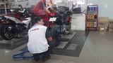 """Hơn 700 xe Yamaha R3 """"lỗi"""" được sửa thế nào tại VN?"""