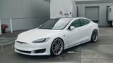 """Siêu xe điện Tesla Model S 3 tỷ độ mâm """"hàng khủng"""""""