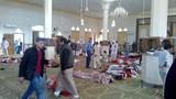 Ảnh: Hiện trường vụ tấn công đẫm máu làm ít nhất 184 người chết ở Ai Cập