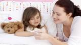 Bí kíp để mẹ đỡ căng thẳng hơn trong những ngày con ốm