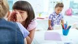 Dấu hiệu cho thấy con bạn bị bắt nạt ở trường học