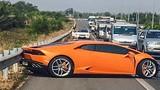 TP HCM: Siêu xe Lamborghini gặp tai nạn kinh hoàng trên cao tốc