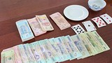 Triệt phá sòng bạc trong quán cà phê, bắt giữ 17 người