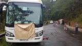 Đà Lạt: Hai xe khách tông nhau trên đèo, 7 người tử vong