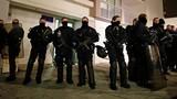 Vụ thảm sát ở Paris: Nghi can đầu thú có bằng chứng ngoại phạm?