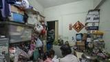 Dân nghèo Hồng Kông sống chật vật trong nhà siêu nhỏ