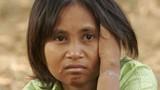 """""""Nữ người rừng"""" lạc ở Campuchia về với gia đình ở Việt Nam"""